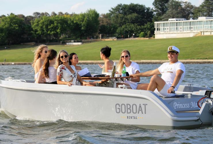 GoBoat, Lake Burley Griffin, Canberra, ACT © Lean Timms