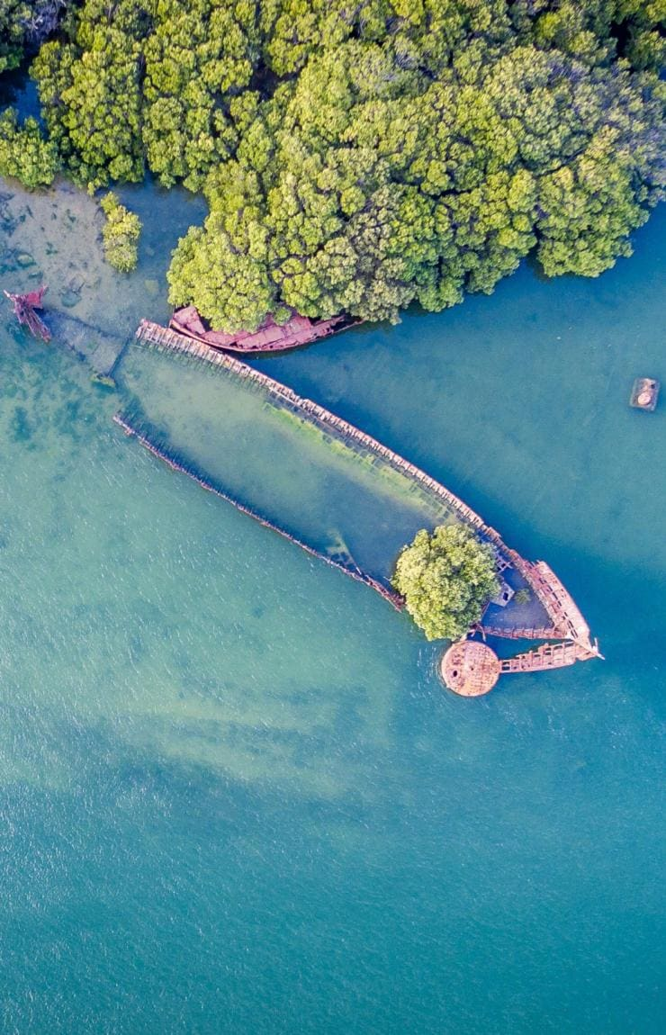 Aerial of sunken ship near Garden Island © Michael Waterhouse