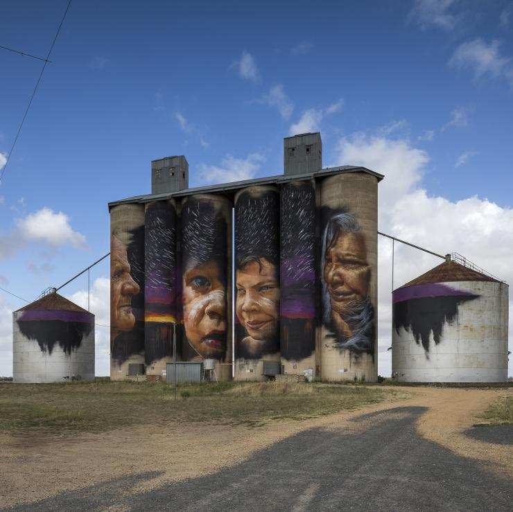 Sheep Hills Silo, Silo Art Trail, VIC © Visit Victoria