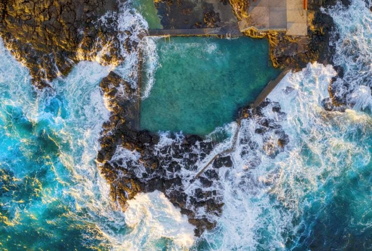 Aerial overlooking Blowhole Point Rock Pool, Kiama © Destination NSW