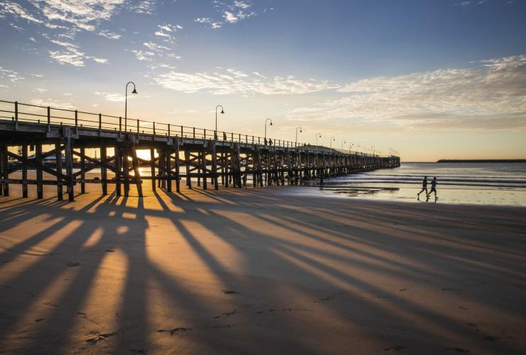 Jetty Beach, Coffs Harbour, NSW © Destination NSW