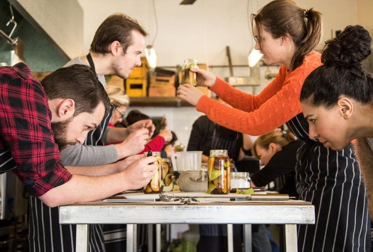 A pickling class at Cornersmith in Marrickville © Cornersmith/Buffet Digital
