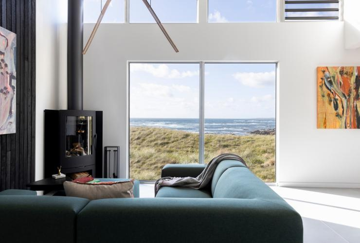 Living room overlooking the ocean at Kittawa Lodge on King Island © Kittawa Lodge