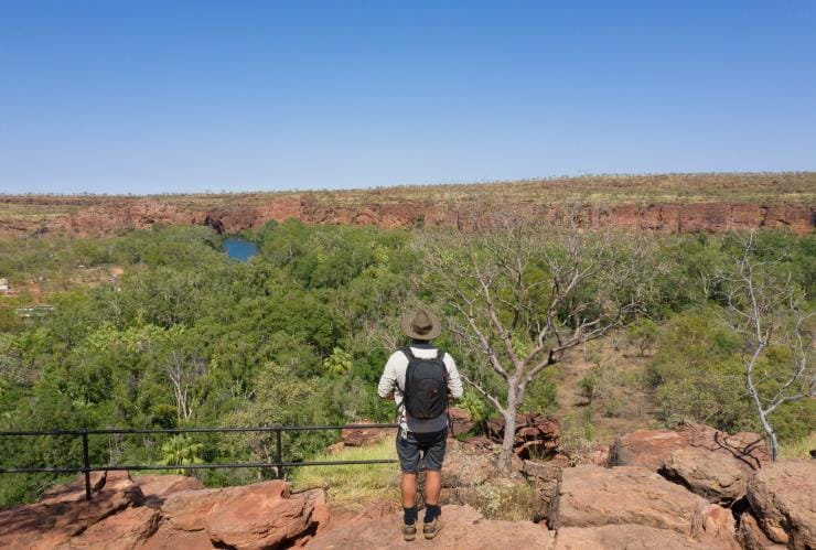 Hiking in Boodjamulla National Park © Tourism and Events Queensland