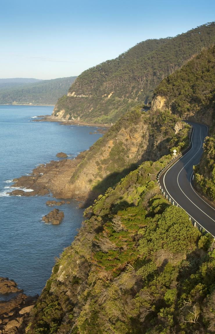 The Great Ocean Road, Lorne, VIC © Visit Victoria