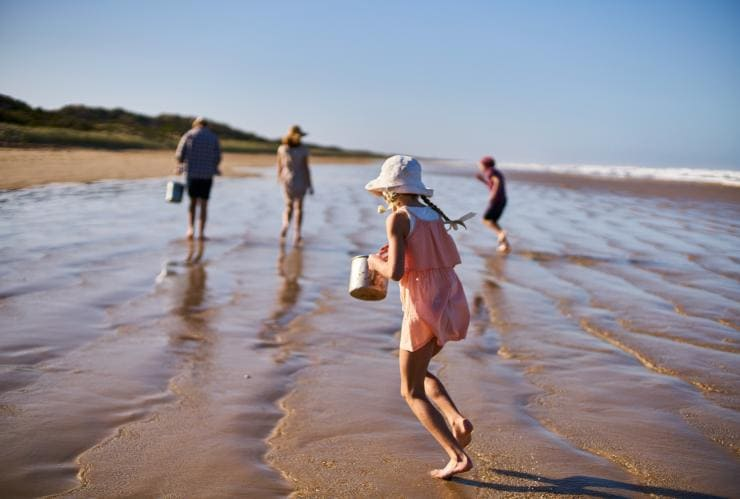 Family at Goolwa Beach in South Australia © South Australian Tourism Commission