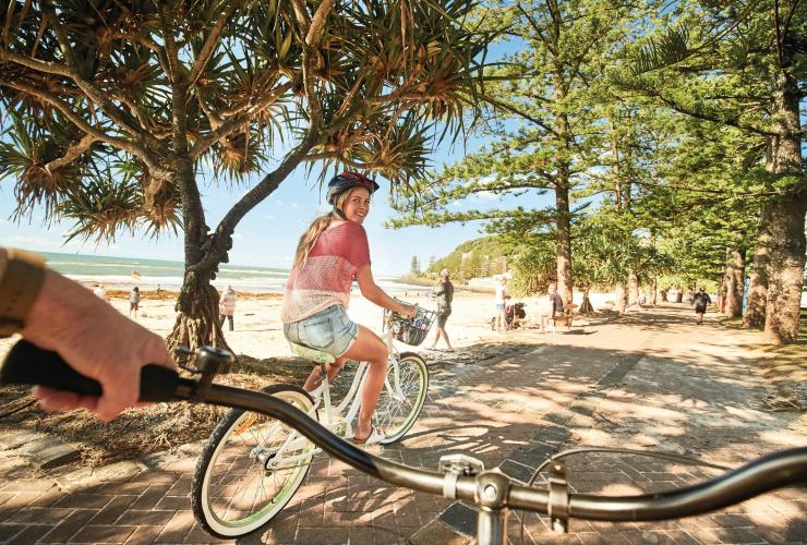 Burleigh Heads, Gold Coast, QLD © Tourism and Events Queensland