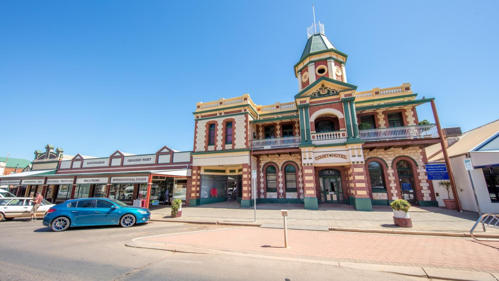 Menzies Town Hall, Kalgoorlie and Goldfields, WA. © Tourism Western Australia