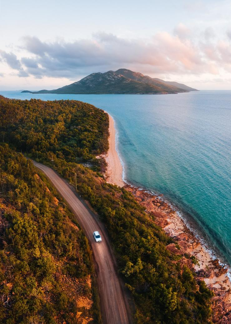 Cape Gloucester, Whitsundays, QLD © Tourism and Events Queensland