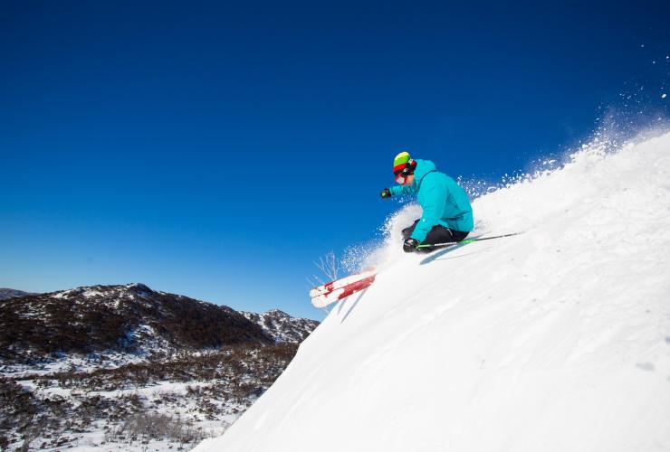 Skiing at Smiggins Hole, Perisher Valley, NSW © Perisher Blue Pty Ltd