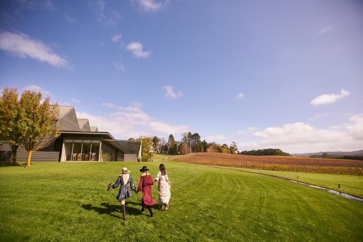 Shaw + Smith, Adelaide Hills, SA © South Australian Tourism Commission
