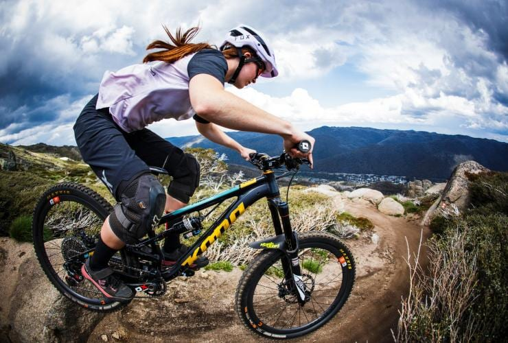 Mountain biking on the Thredbo Valley Track © Tourism Snowy Mountains