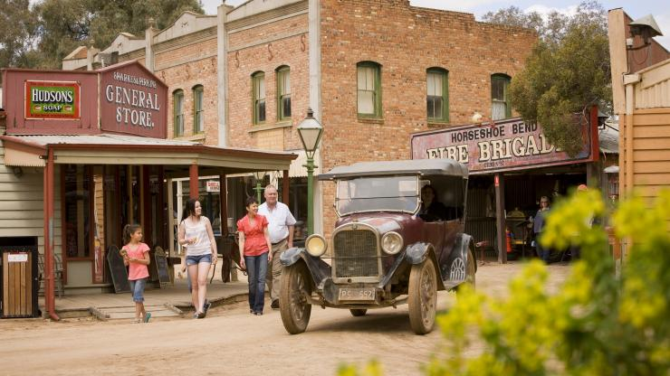 Swan Hill Pioneer Settlement, Swan Hill, VIC © Visit Victoria