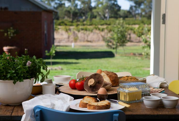 Orchard House Bed and Breakfast, Barossa Valley, SA © Orchard House Bed and Breakfast