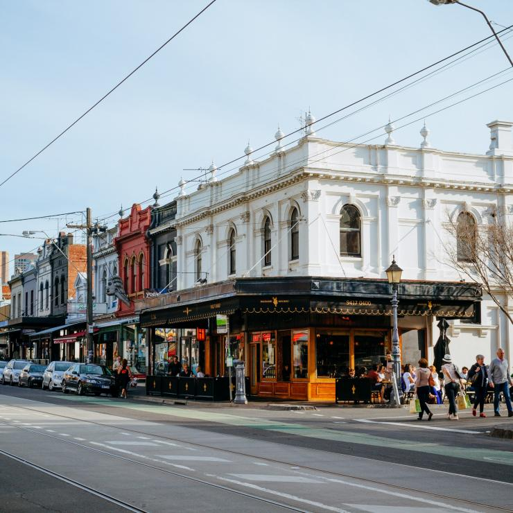 View of shops along Brunswick Street in Fitzroy © Roberto Seba