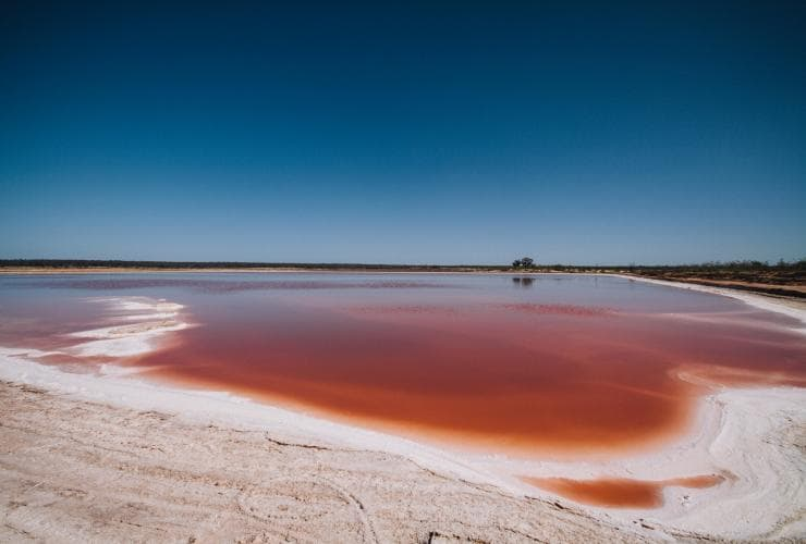 Murray River Salt Lake, Mildura, VIC © Roberto Seba