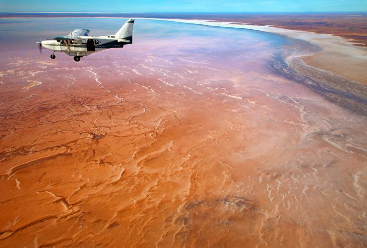 Kati Thanda-Lake Eyre National Park, SA © South Australian Tourism Commission