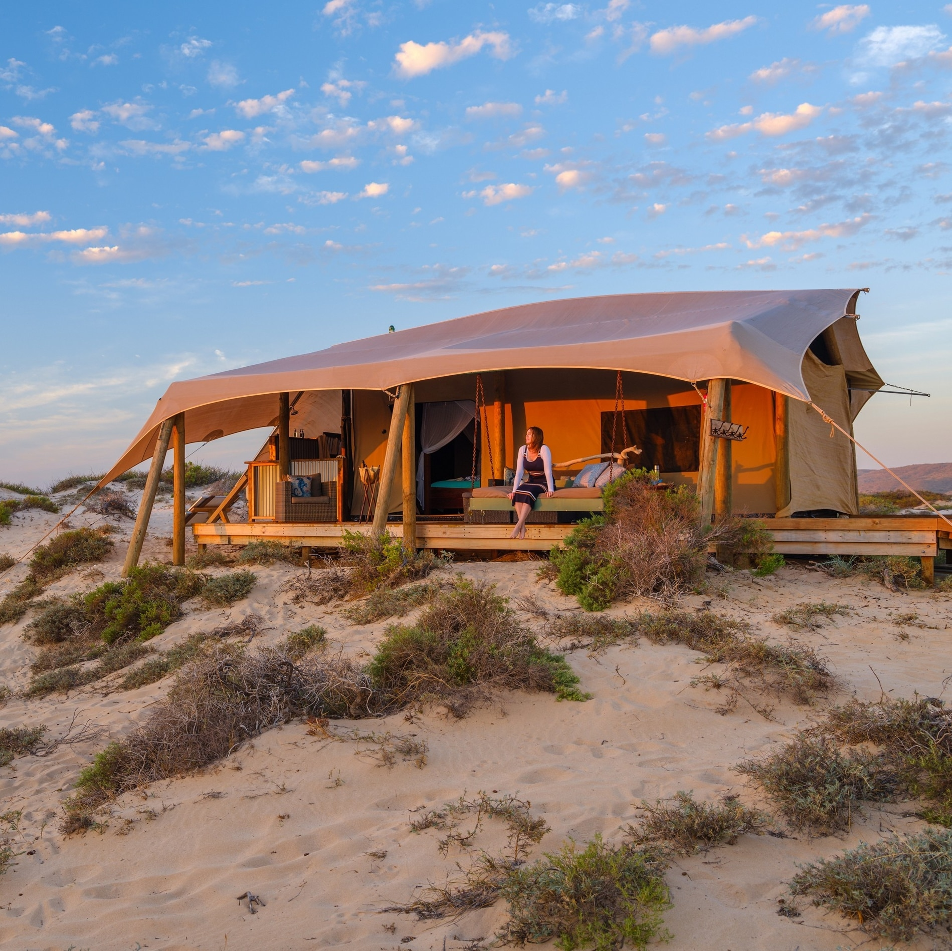 Glamping tent at Sal Salis near Exmouth © Tourism Western Australia