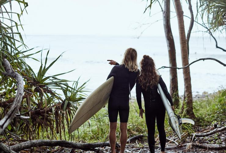 Surfing, Noosa, QLD © Tourism and Events Queensland