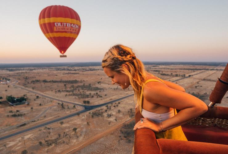 Outback Ballooning, Red Centre, NT © Tourism NT, Jackson Groves