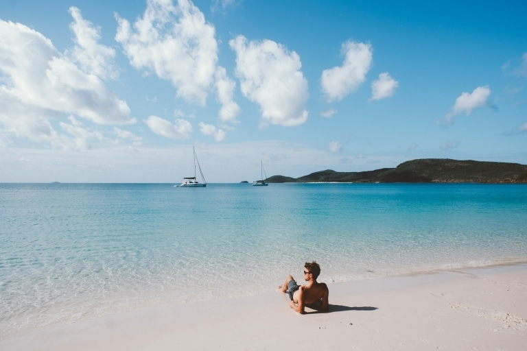 Whitehaven Beach, Whitsundays, QLD © Jason Hill, Tourism and Events Queensland