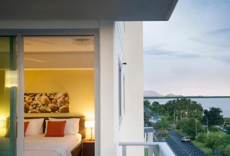 Mantra Trilogy, Cairns, QLD © Mantra Group