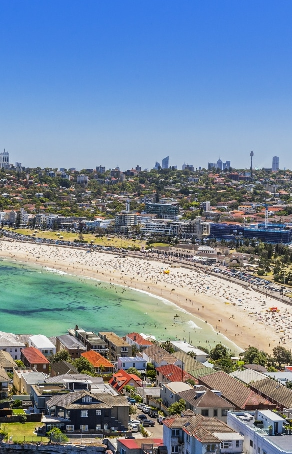 Aerial over Bondi Beach in Sydney © Hamilton Lund/Destination NSW