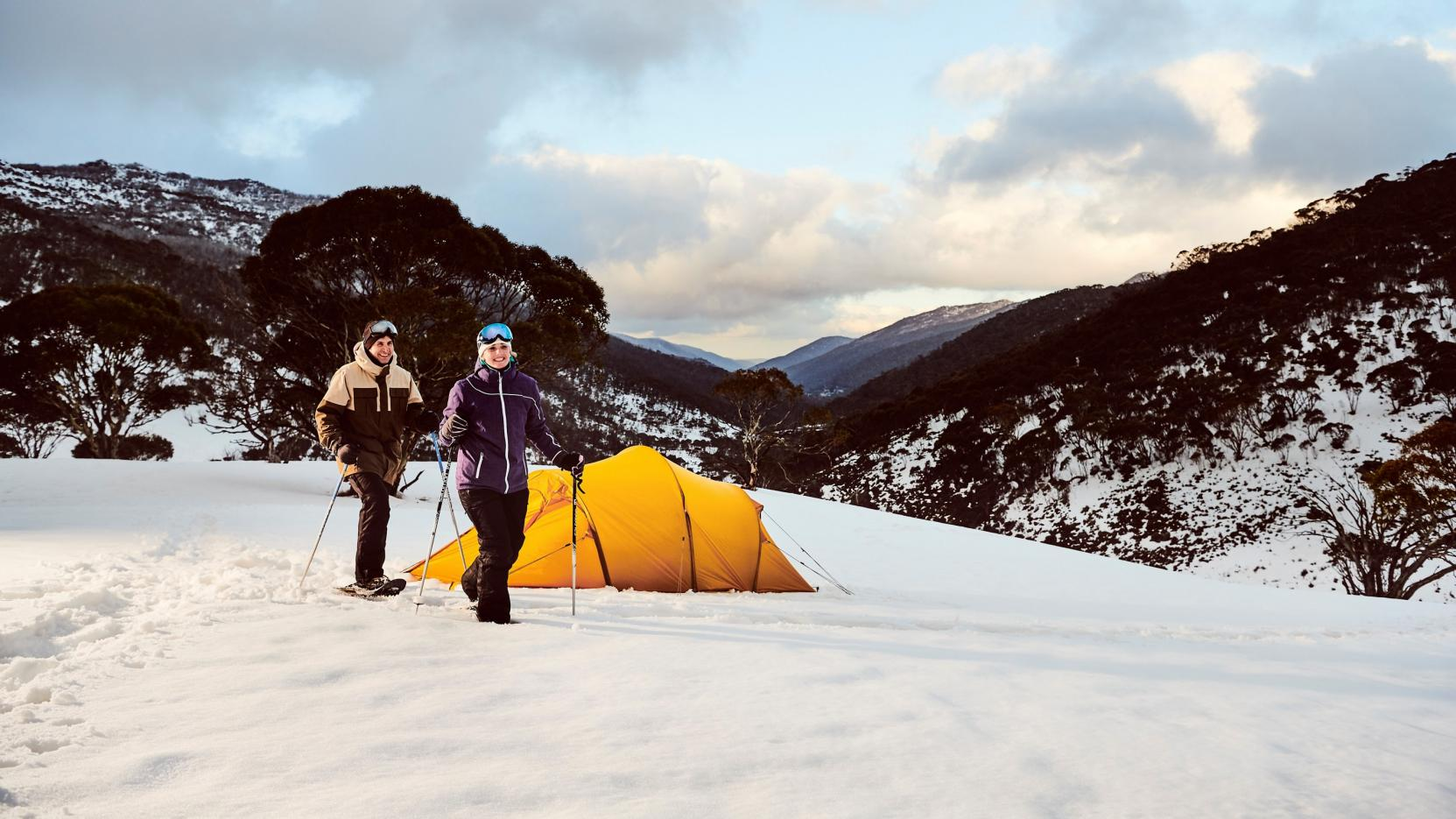 Snowshoeing at Thredbo, Snowy Mountains, NSW © Destination NSW