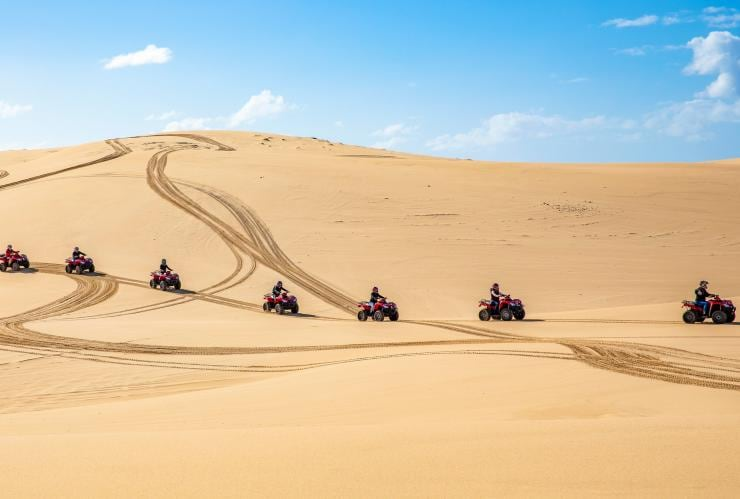 Sand Dune Adventures, Port Stephens, NSW © Destination NSW