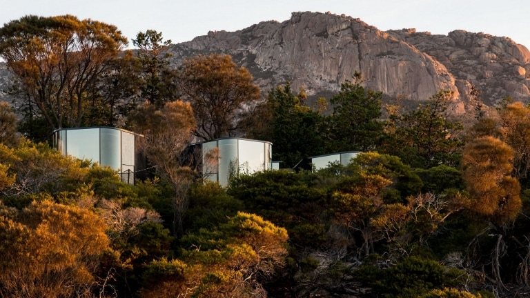 Coastal Pavilions at Freycinet Lodge, TAS © Alastair Bett