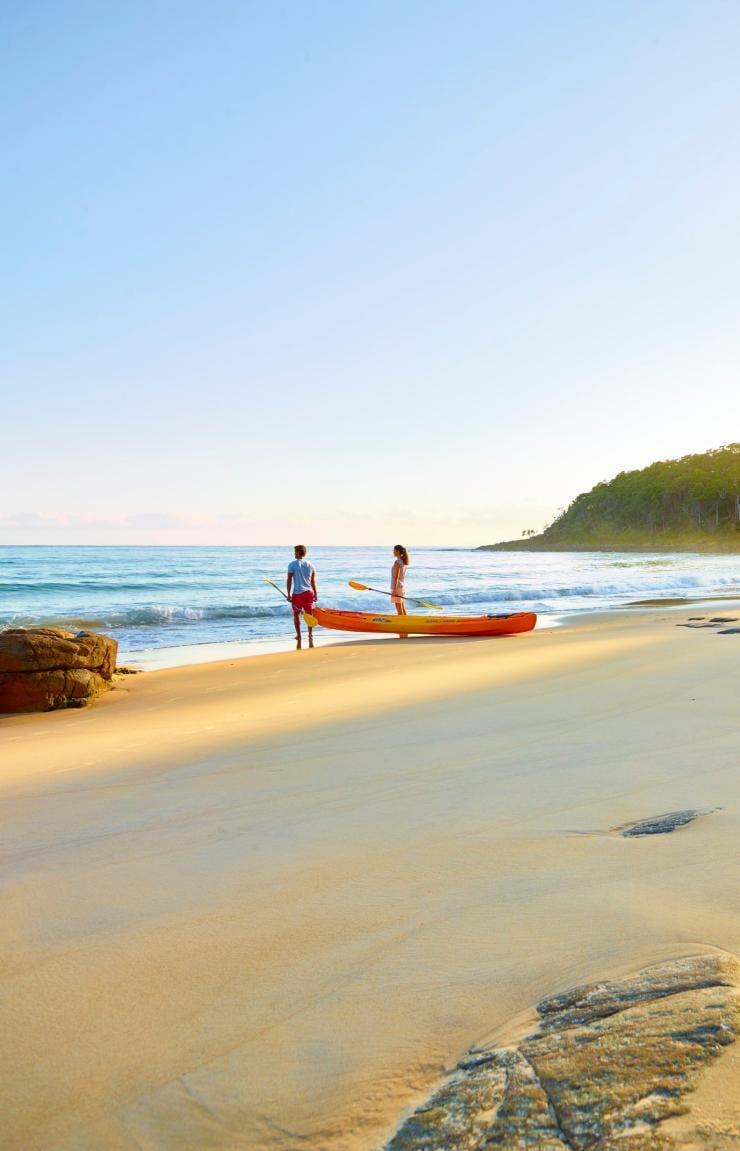 Main Beach, Noosa, QLD © Maxime Coquard, Tourism Australia