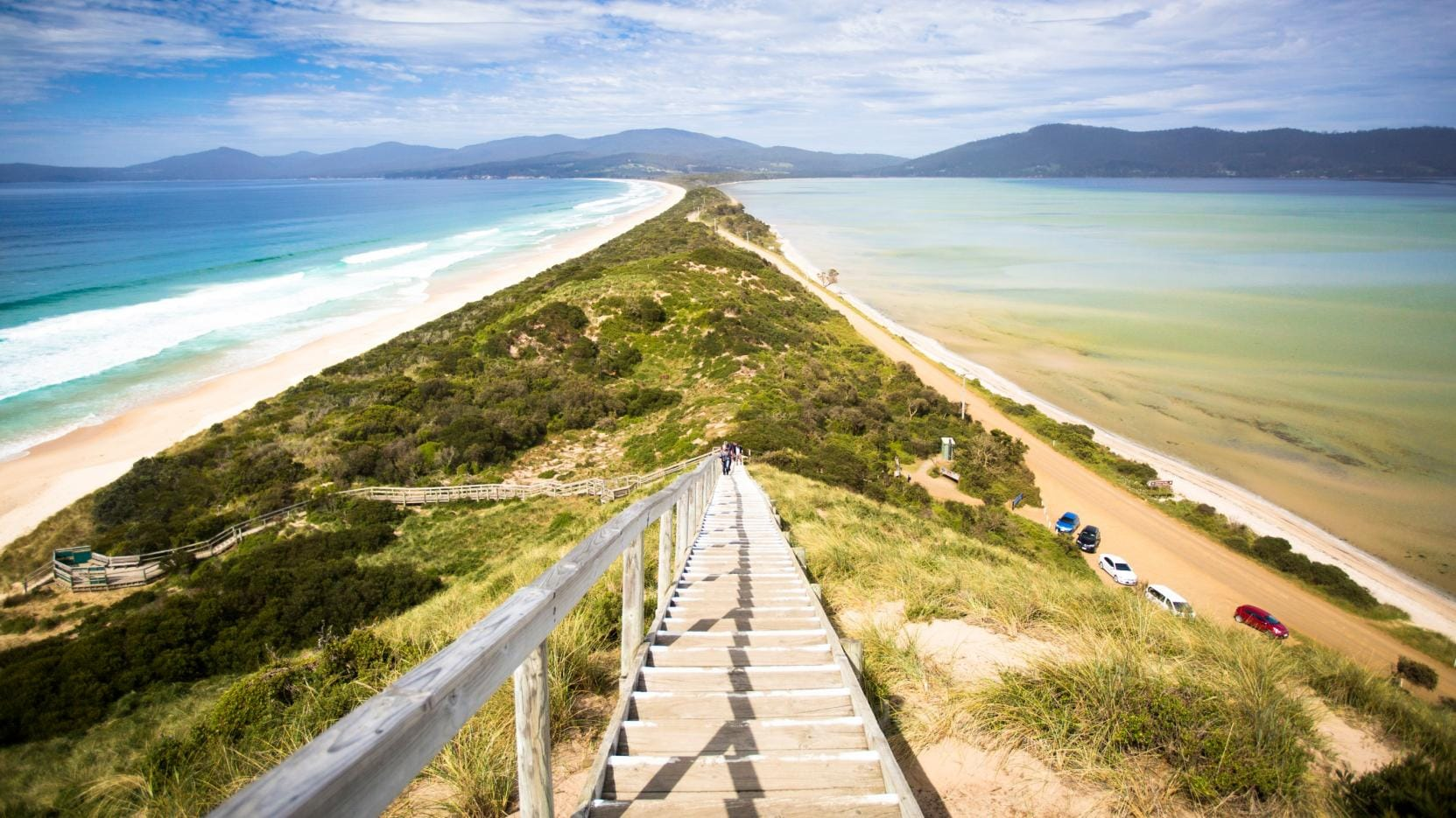 Neck Beach, Bruny Island, TAS. © Tourism Tasmania