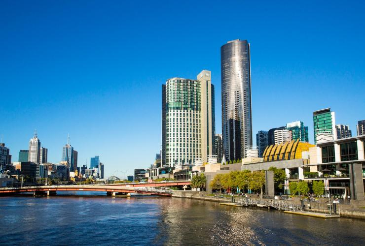 Crown Towers, Melbourne, VIC © Josie Withers, Tourism Victoria