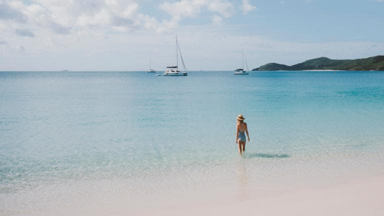 Whitehaven Beach, Whitsunday Islands, QLD. © Tourism and Events Queensland