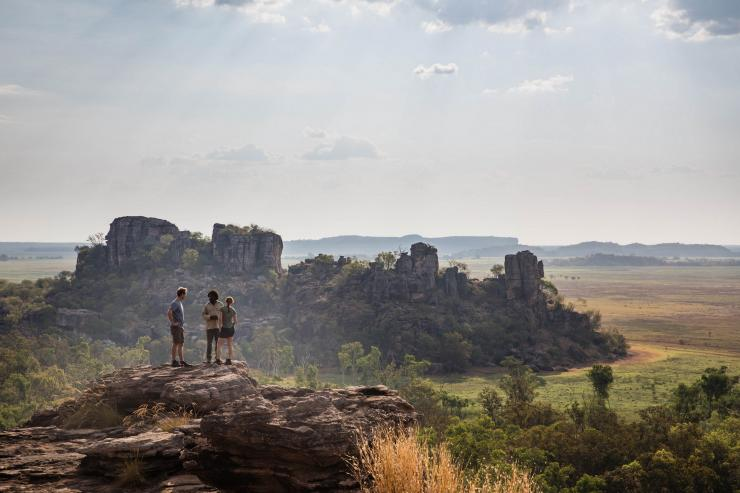 Kakadu Cultural Tours, NT © James Fisher, Tourism Australia
