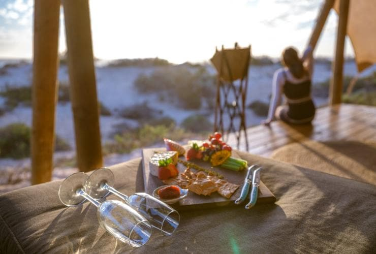 Sal Salis Wilderness Camp near Ningaloo Reef © Tourism Western Australia