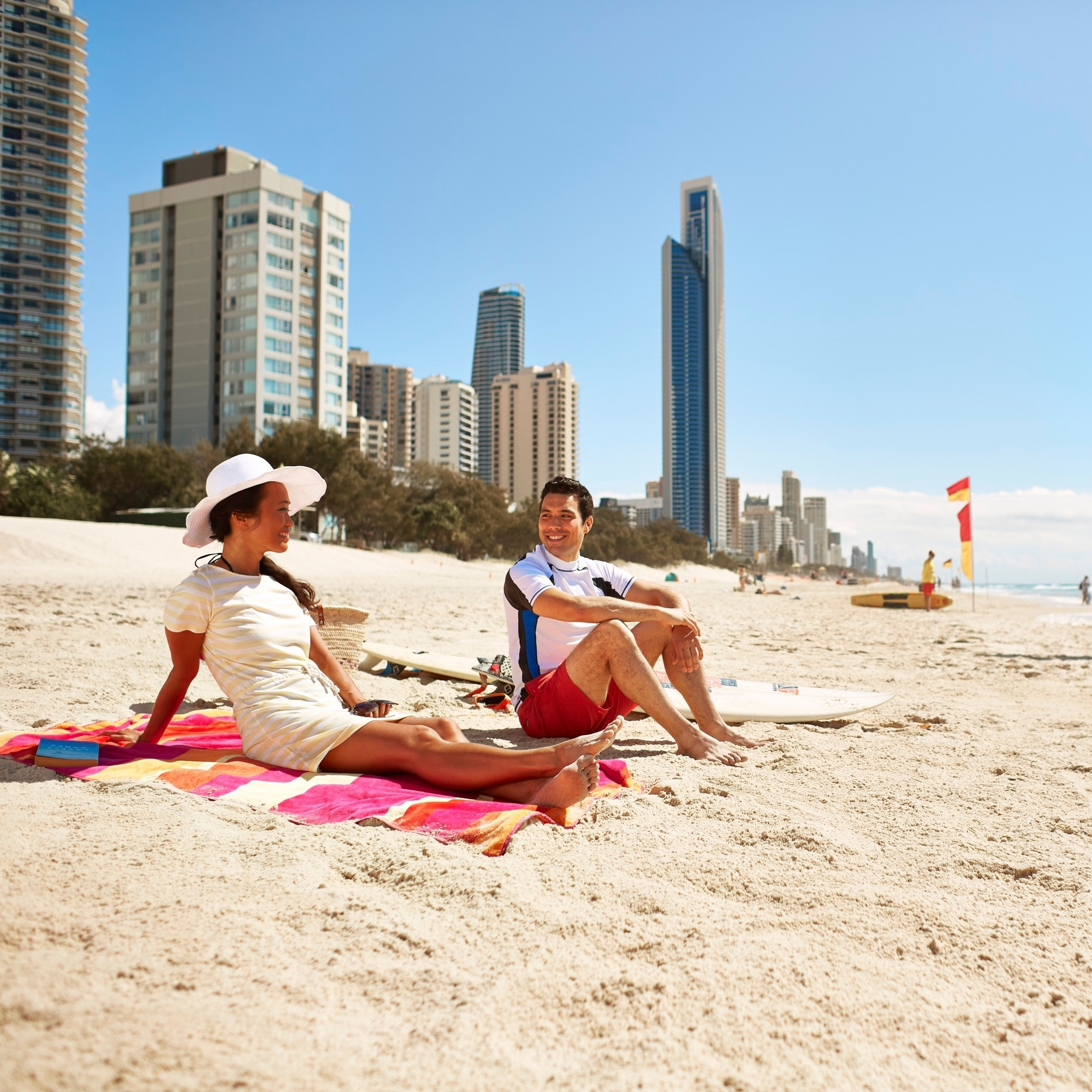 Beachgoers, Surfers Paradise, Gold Coast, QLD © Tourism Australia