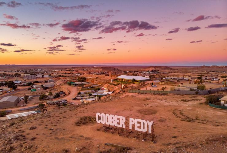 View of Coober Pedy © John Park