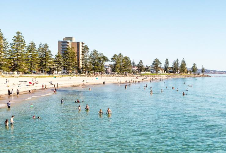 Glenelg Beach, Adelaide, SA © South Australian Tourism Commission
