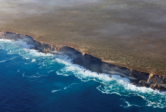Bunda Cliffs, Eyre Peninsula, SA © Peter Eve, Monsoon Studio, South Australian Tourism Commission