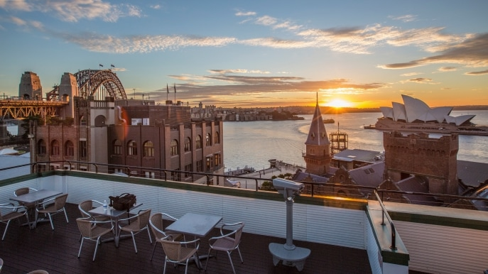 Holiday Inn Old Sydney, The Rocks, Sydney, NSW © Destination New South Wales