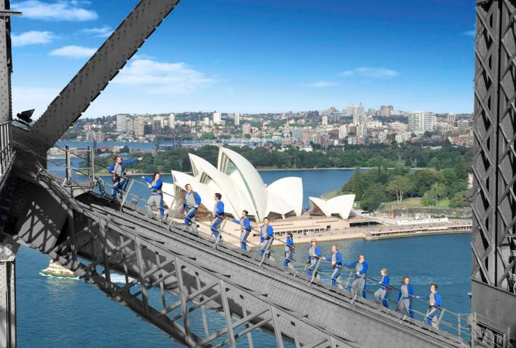 Bridge climb on Sydney Harbour Bridge in Sydney © Tourism Australia