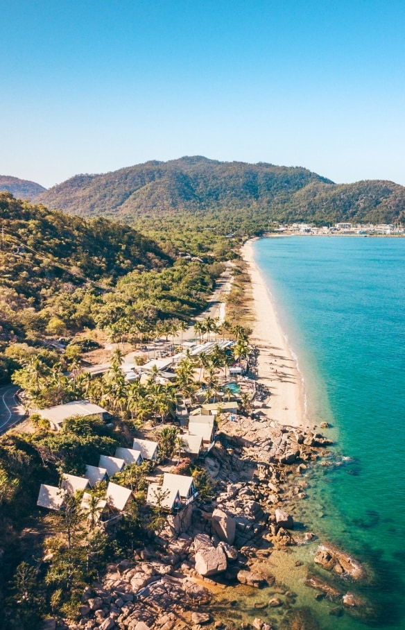 Base Hostel, Magnetic Island, Townsville, QLD © Tourism and Events Queensland