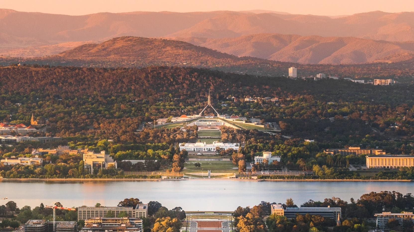 Vue depuis Mount Ainslie, Canberra, ACT © Rob Mulally for VisitCanberra