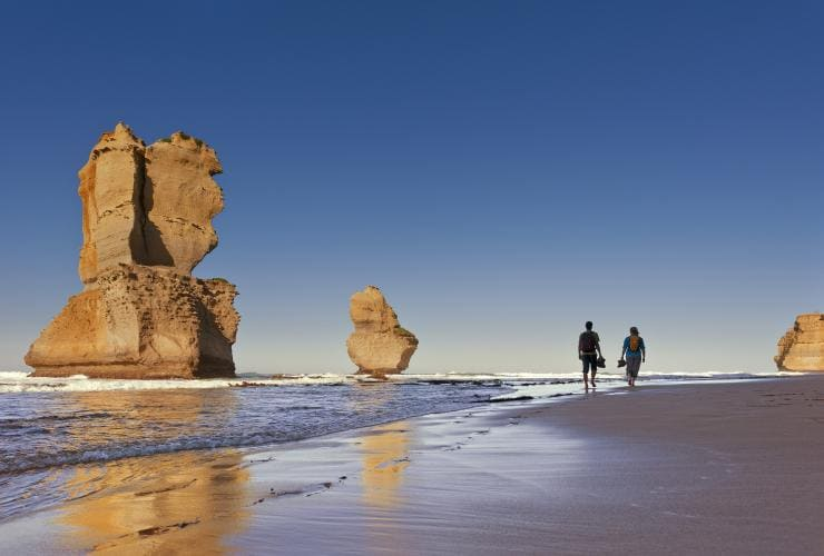 Great Ocean Walk, Twelve Apostles, Great Ocean Road, VIC © Visit Victoria