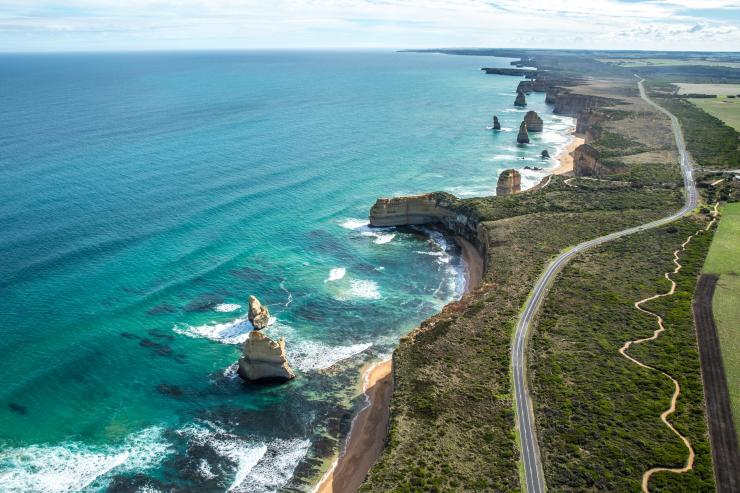 Twelve Apostles, Great Ocean Road, VIC © Greg Snell, Tourism Australia
