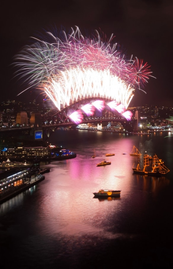Feux d'artifice du Nouvel An, Baie de Sydney, NSW © City of Sydney