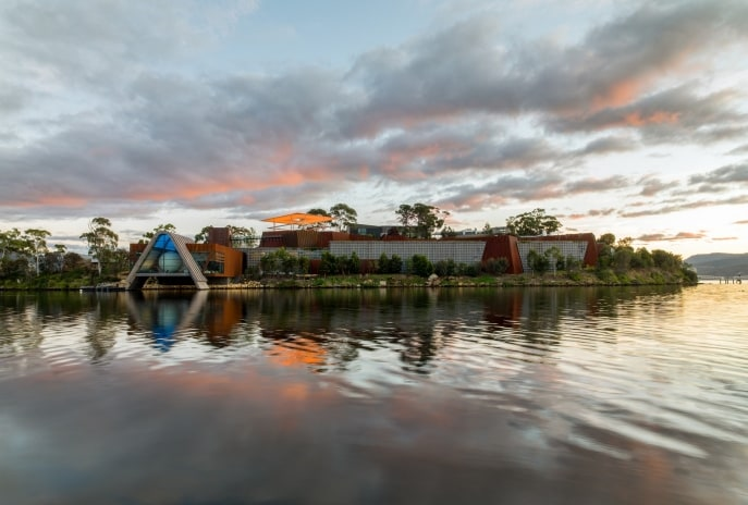 Mona (Museum of Old and New Art), Rivière Derwent, Hobart, TAS © Museum of Old and New Art