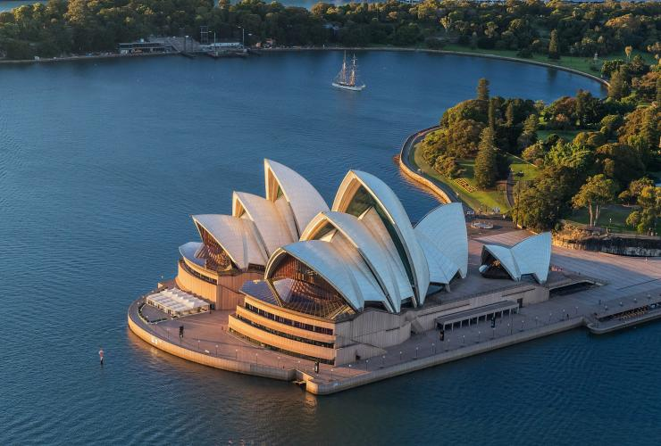 Sydney Opera House, Sydney, NSW © Cultural Attractions of Australia