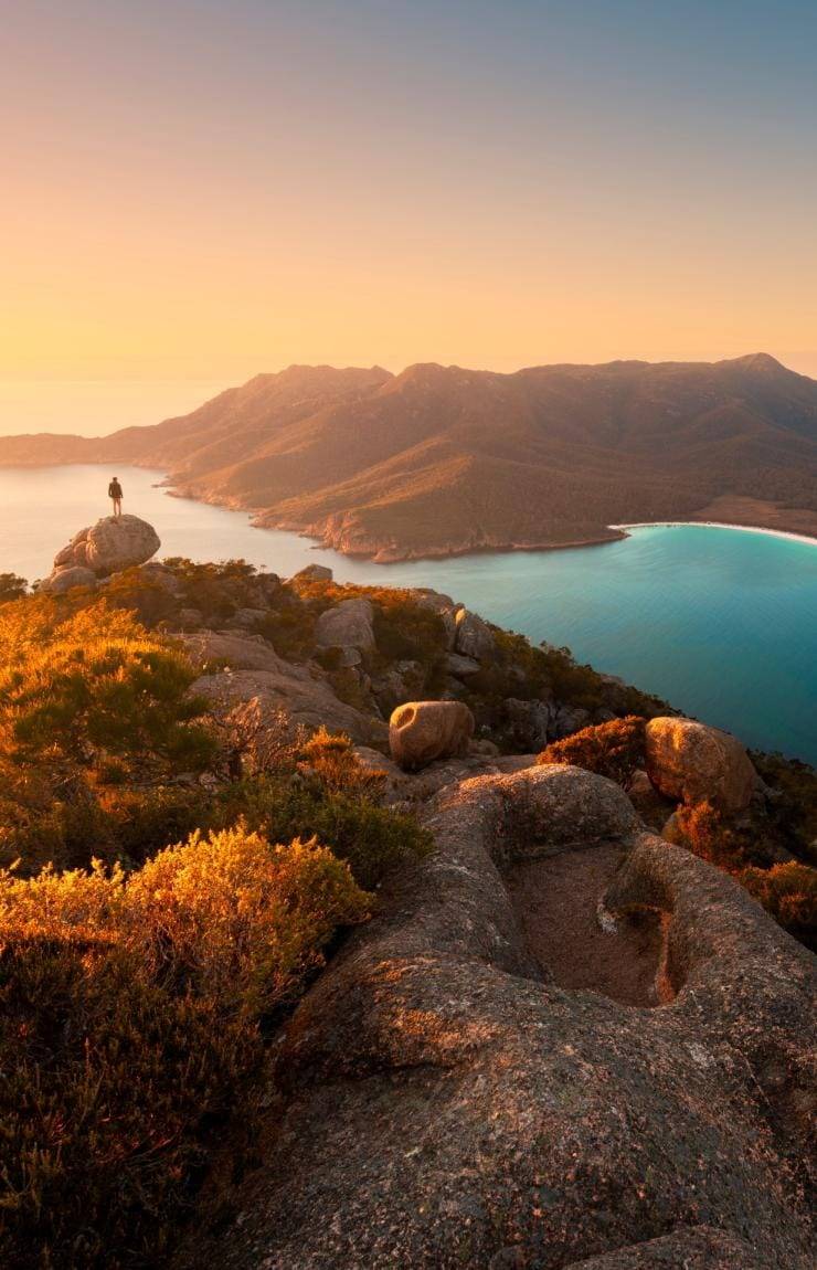Wineglass Bay, parc national de Freycinet, Tasmanie © Matt Donovan